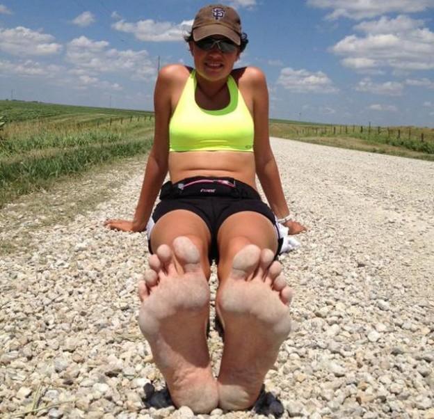 barefoot pies desnudos